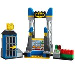 Купить Лего 10753 Джокер атакует Бетпещеру, LEGO Juniors.